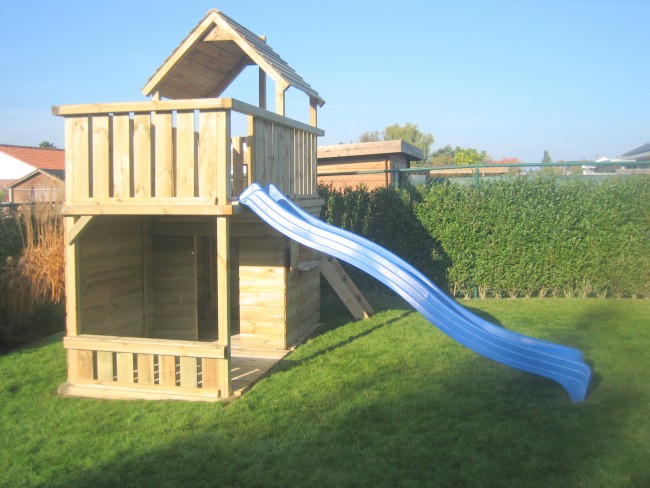speeltoestel balkon zandbak met grote achterwand. Black Bedroom Furniture Sets. Home Design Ideas