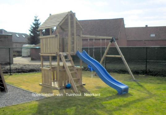 Spielturm 150 mit Zaun
